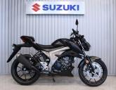 Suzuki GSX-S125 malowanie Solid Black 50% Gloss rocznik 2018